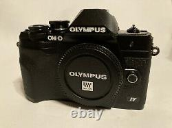 MINT Olympus om-d e-m10 mark iv Body only 566 shots With Box, Accessories